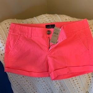 NWT *HOT PINK* American Eagle Shorts Size 4